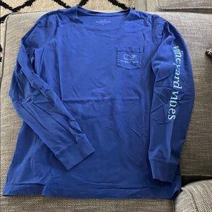 vineyard vines long sleeve t-shirt!!